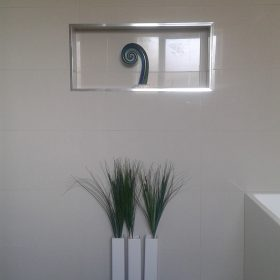 Bathroom wall niches